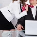 Sexe, flirt et amour au bureau