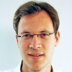 """Denis Monneuse, enseignant-chercheur en RH, sociologie, conférencier et directeur du cabinet de conseil """"Poil à gratter"""""""