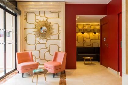 hotel-yllen-eiffel-interior-hall-01