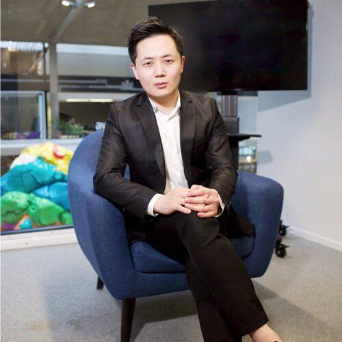 Hang Chen, PDG de Deconseil, le top référent intelligent des fournisseurs d'énergie