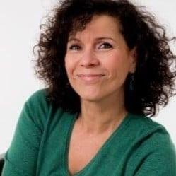 Martine Vogelsinger-Martinez, Coach de carrière, prise de parole et assertivité Formatrice communication non violente, développement Soft skills Paris