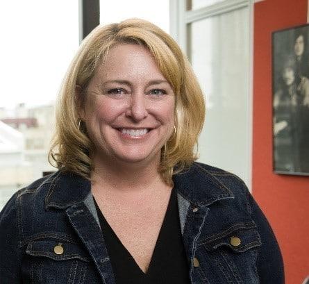 Maureen Lonergan, directrice Formation et Certification chez Amazon Web Services (AWS)